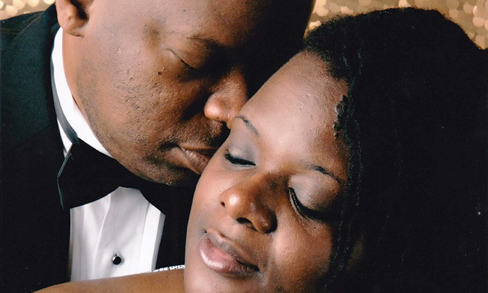 J. Anthony Digital Studio - Memphis: $25 for a 60-Minute Couple's Glamour-Shot Package at J. Anthony Digital Studio ($50 Value)