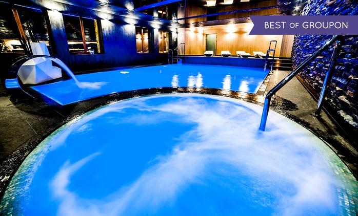 Białka Tatrzańska: 1-7 nocy dla 2 osób z wyżywieniem, strefą spa, bilardem i więcej w Hotelu Zawrat Ski Resort & Spa