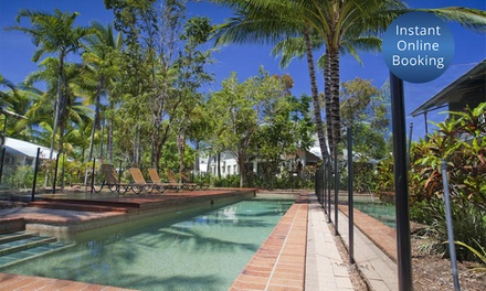 Trinity Beach: Tropical Break for Four with WiFi and Late Checkout at Marlin Cove Resort