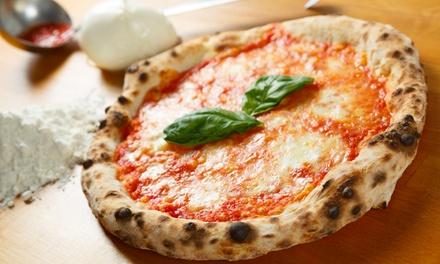 Pizza napoletana, antipasto e bibita
