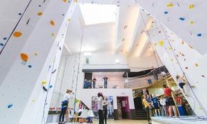 Mobius Centrum Wspinaczkowe: Ścianka wspinaczkowa: bilet dla 2 osób z wypożyczeniem sprzętu za 39,99 zł i więcej opcji w Mobius (do -57%)