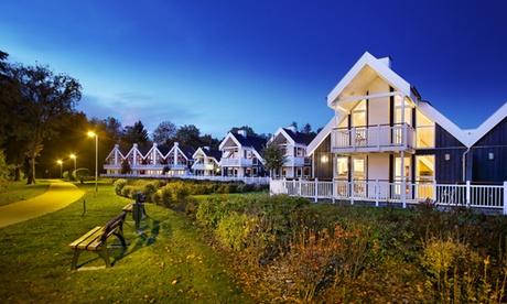 Bad Saarow: Ferienhaus für 4-6 Personen mit Sauna, Whirlpool, Kaminofen & Endreinigung im Schlosspark Bad Saarow