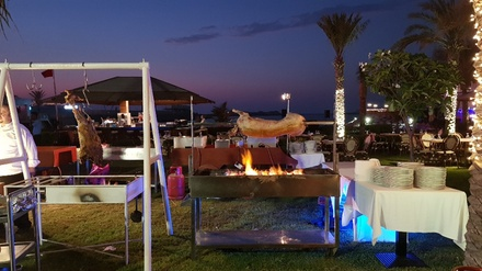 Themed Dinner Buffet with Drinks for Up to Four at Taverna at 5* Dubai Marine Beach Resort & Spa (Up to 39% Off)