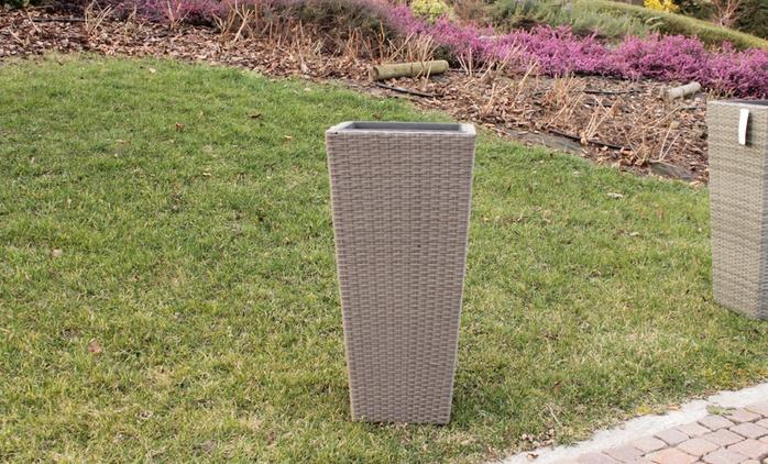 Vaso quadrato in polyrattan disponibile in 2 colori a 27,90 €