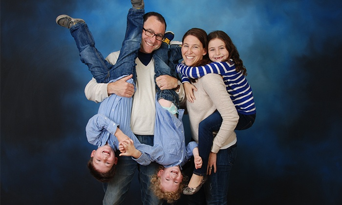 Portrait Simple - Multiple Locations: $15 for a Photo Shoot with 15 Prints from Portrait Simple ($140.80 Value)