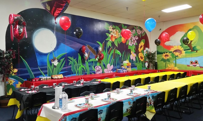 Birthday Party Up To 30 People Froggs Bounce House Groupon