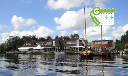 Friesland: standaard tweepersoonskamer met ontbijt en naar keuze 3 gangendiner bij Hotel restaurant Ie Sicht