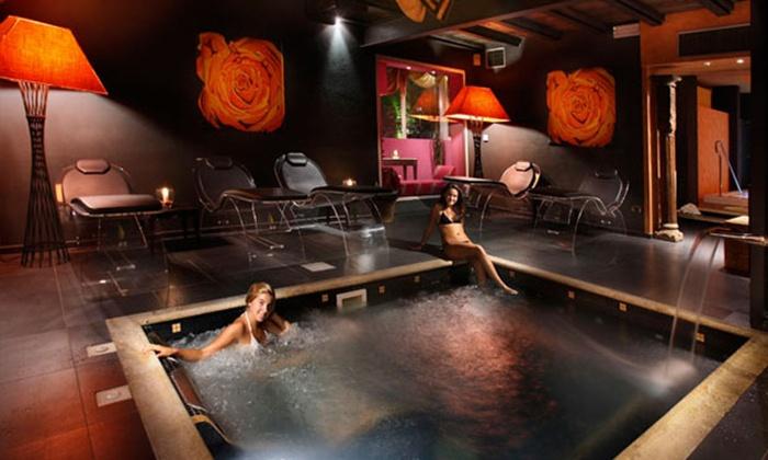 Spa di coppia con massaggi relax, svedesi o al cioccolato e menu di 4 portate da Regina di Saba (sconto fino a 61%)