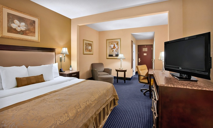 null - New York City: Stay at Wingate by Wyndham Mt. Laurel-Philadelphia in Greater Philadelphia