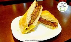 A Propósito: A Propósito – Maracanã: sanduíche + bebida para 1 pessoa