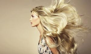 Mèche en l'hair: Shampoing, soin, coupe et brushing avec couleur ou balayage en option dès 19,90 € au salon Mèche en l'Hair