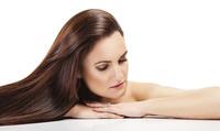 Sesión de peluquería con corte y opción a tinte y o mechas o tratamiento a elegir desde 14,90 € en Vanity Plas