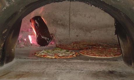 Menú italiano para 2 o 4 con entrante, principal, postre y bebida o botella de lambrusco desde 19,95€ en Pizzaiolo Rocks