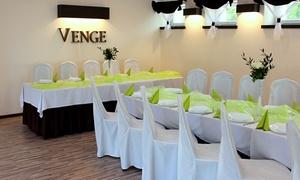 Venge - Sale Weselne: Kompleksowa organizacja przyjęcia weselnego: pakiet silver dla 30 osób za 3 999 zł i więcej opcji w Venge - Sale Weselne