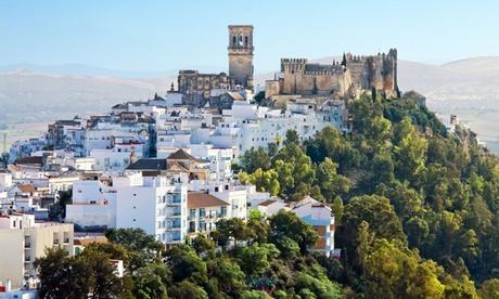 Cádiz: 1, 2, 3, 5 o 7 noches para 2 con desayuno en habitación doble en Hotel Restaurante El Lago Oferta en Groupon