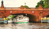 """3 Std. Schiff-Fahrt """"Abendliche City-Fahrt"""" für 2 oder 4 Personen bei Reederei Lüdicke (52% sparen*)"""