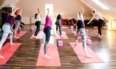 5er- oder 10er-Karte für Kurse nach Wahl wie Pilates, Yoga oder Tanz bei movenyo