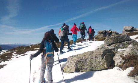 Excursión guiada con raquetas de nieve por la Sierra de Guadarrama para 1 o 2 personas con Naturactive