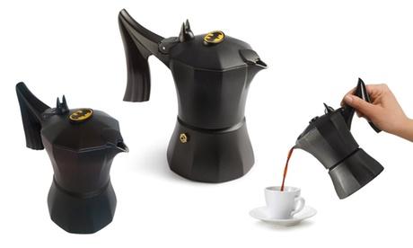 Cafetera Batman de Accademia Mugnano disponible en tamaño de 1 o 3 tazas
