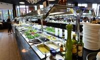 Mongolisches All-you-can-eat-Buffet mit Live Cooking für Zwei im Restaurant Zhous Five (bis zu 30% sparen*)