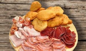 La Bella Vita: Gnocco fritto in formula illimitata con salumi e vino per 2 o 4 persone al ristorante La Bella Vita (sconto fino a 71%)