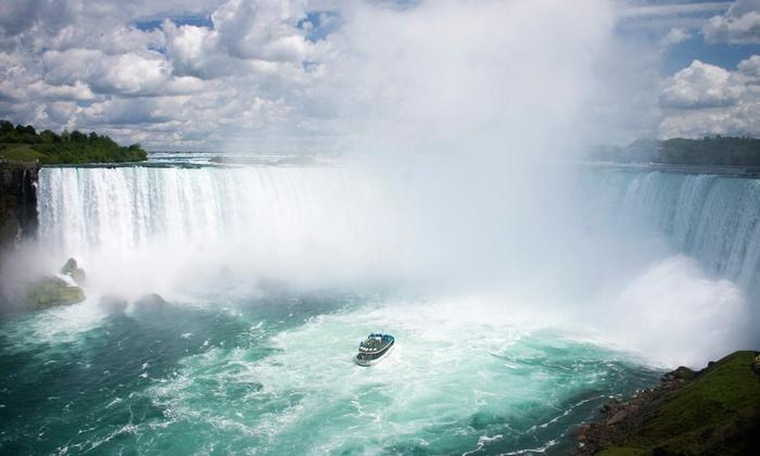 4-Star Hotel Overlooking Niagara Falls