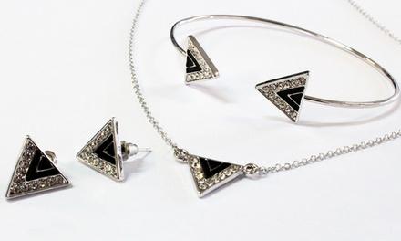 Sieraden Triangle van het merk Style Chic versierd met kristallen