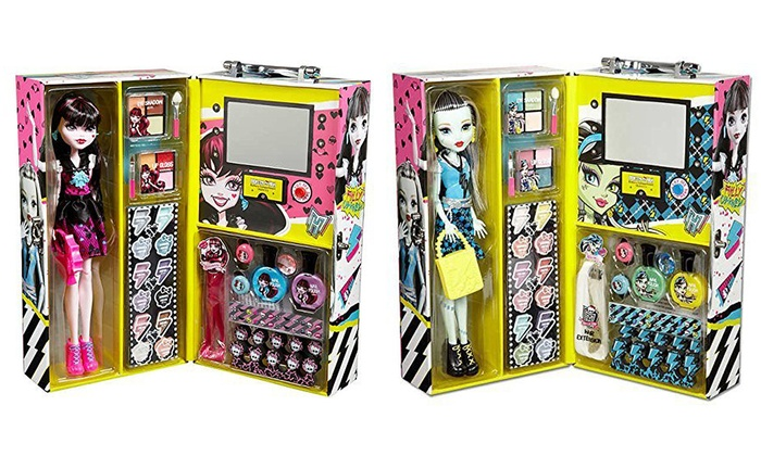 41e32b6c93cb Monster High Fashion Doll with Beauty Collection Set