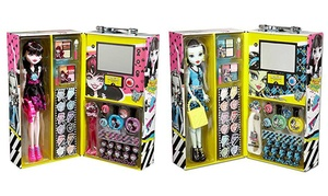 Monster High Fashion Doll with Beauty Collection Set