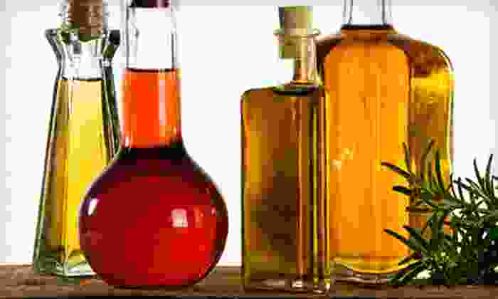 Sultan's evoo market - Colee Hammock: $15 for $30 Worth of Extra-Virgin Olive Oil and Balsamic Vinegars at Sultan's evoo market