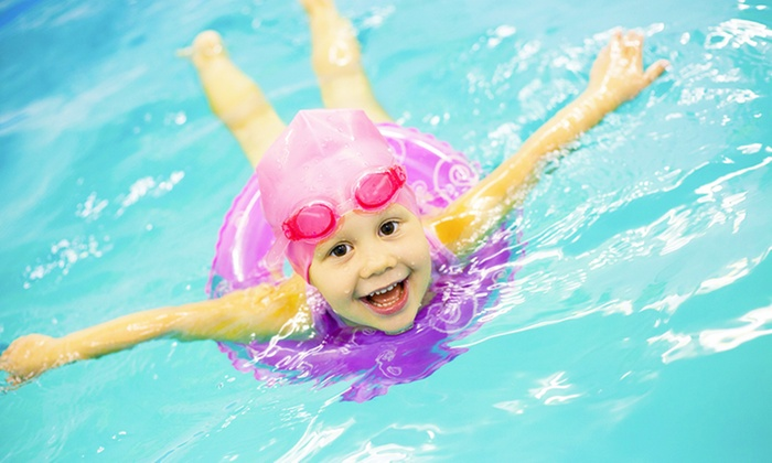 King's Swim Academy - Multiple Locations: $43 for Four Swimming Lessons from King's Swim Academy ($98 Value)