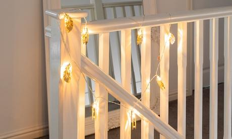 Hasta 3 cuerdas de luces LED con forma de plumas, disponible en 3 colores