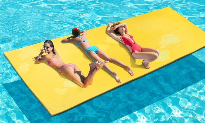 Matelas flottant g ant aquamat groupon for Tapis flottant piscine