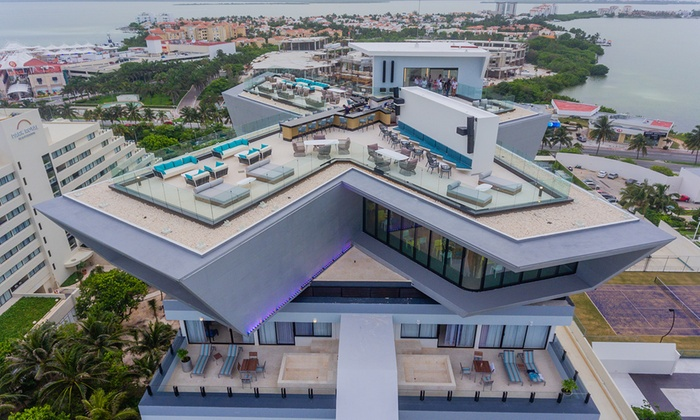Park Royal Cancun >> 3 Or 5 Night All Inclusive Park Royal Cancun Stay With Air
