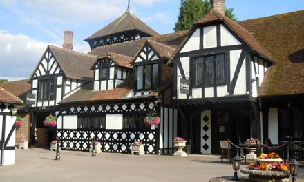 Kent: Standard Double or Twin Room for Two with Breakfast at Hever Hotel