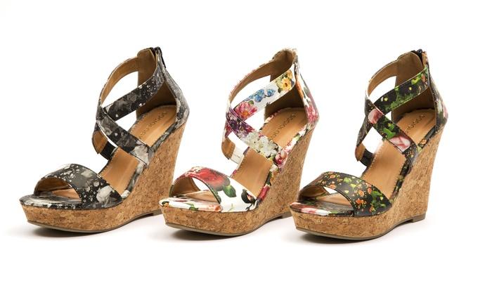 Women's Feminine Floral Wedge Sandals