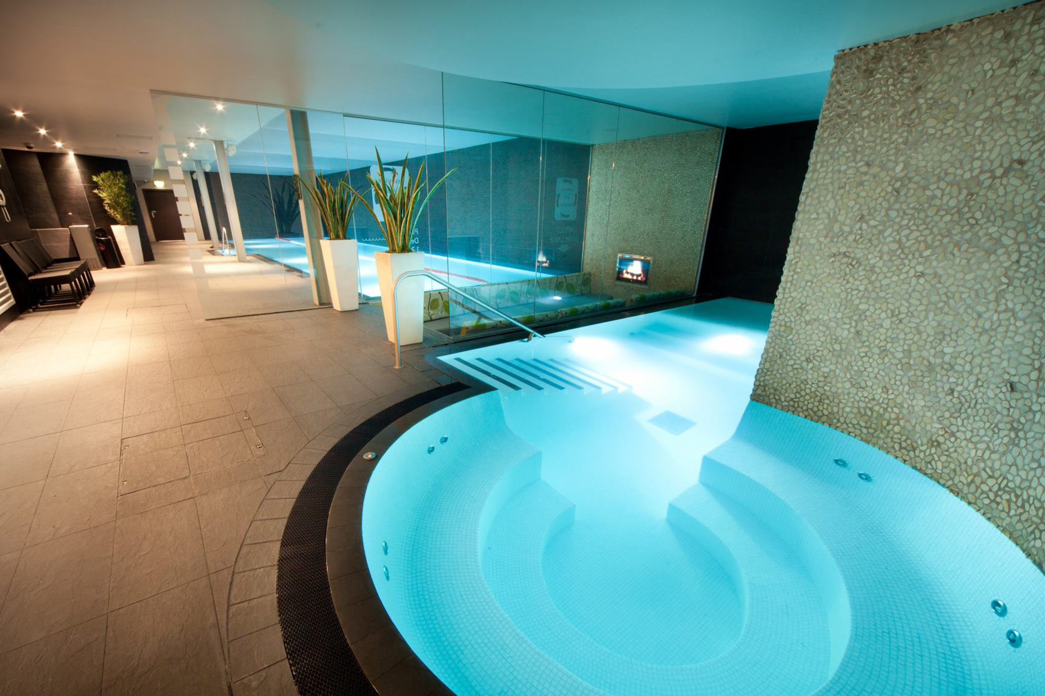 Spa Day With Massage And Lunch The Club And Spa Doubletree Hilton Chester Groupon
