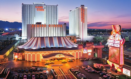 Groupon Member Pricing Las Vegas Hotel And With Theme Park