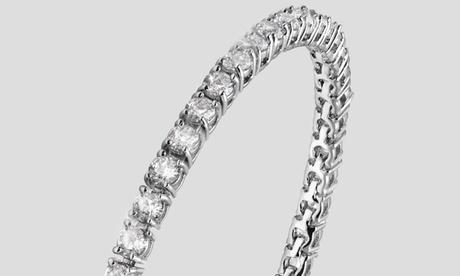 Pulsera adornada con más de 40 cristales Swarovski®