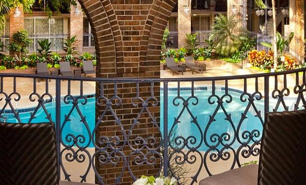 4 Star Top Secret Atlanta Hotel With Garden Courtyard Pool