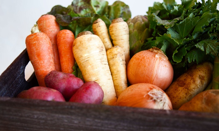 Freggies - Seattle: $23.99 for One Week of Seasonal Organic-Produce Delivery from Freggies ($39.99 Value)