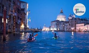 RVK Real Venetian Kayak: Tour di 2 ore in kayak tra i canali di Venezia per 2 o 4 persone con RVK Real Venetian Kayak (sconto fino a 62%)
