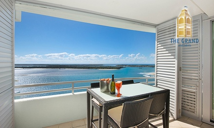 Gold Coast: Up to 7Night Apartment Stay for Two or Four People with Wine and Chocolates at The Grand Apartments