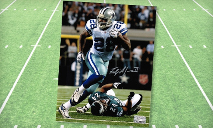 """Signature Collectibles - Parkwood Addition,Platinum Corridor: $49 for an Autographed 8""""x10"""" Photo of Dallas Cowboys Running Back Felix Jones at Signature Collectibles ($109 Value)"""
