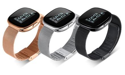 Apachie Fitness-Tracker mit Armband aus Kunststoff oder Metall in der Farbe nach Wahl