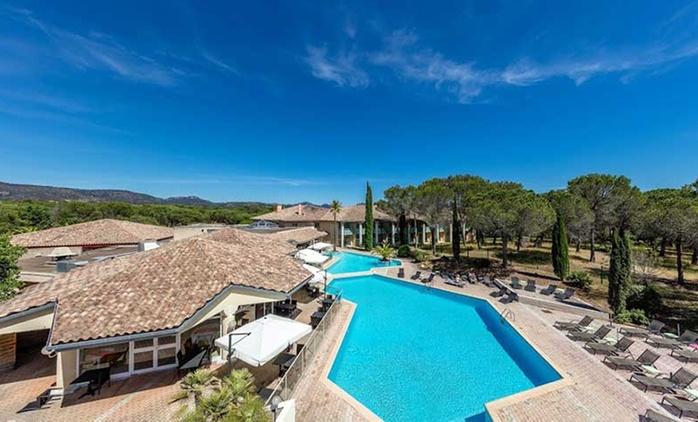 Côte d'Azur: 1 à 3, 5 ou 7 nuits avec petit déjeuner, accès Spa et dîner en option dans le Domaine de l'Esterel pour 2