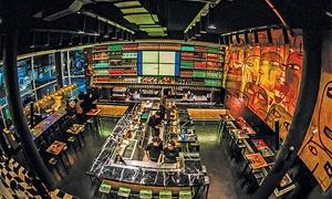 Milo Lockett Bar: Desde $155 por hamburguesa + papas + bebida para uno o dos en Milo Lock