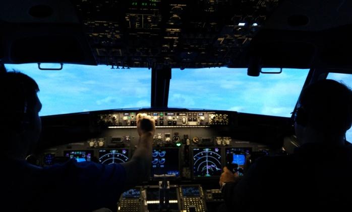 One-Hour Boeing 737 Flight Simulator Experience
