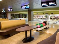 Bowling Zuidpand: 2 Spelletjes bowlen met warme hapjes in Roeselare vanaf €16,99 bij Bowling Zuidpand
