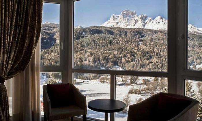 Hotel Cortina Con Piscina